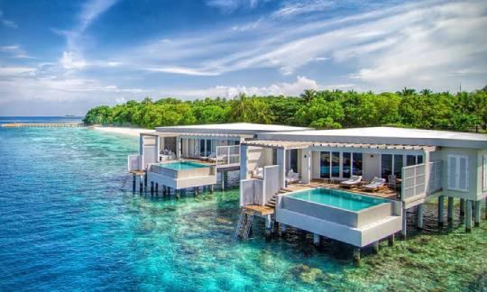 Amilla-Fushi-Ocean-Reef-Houses